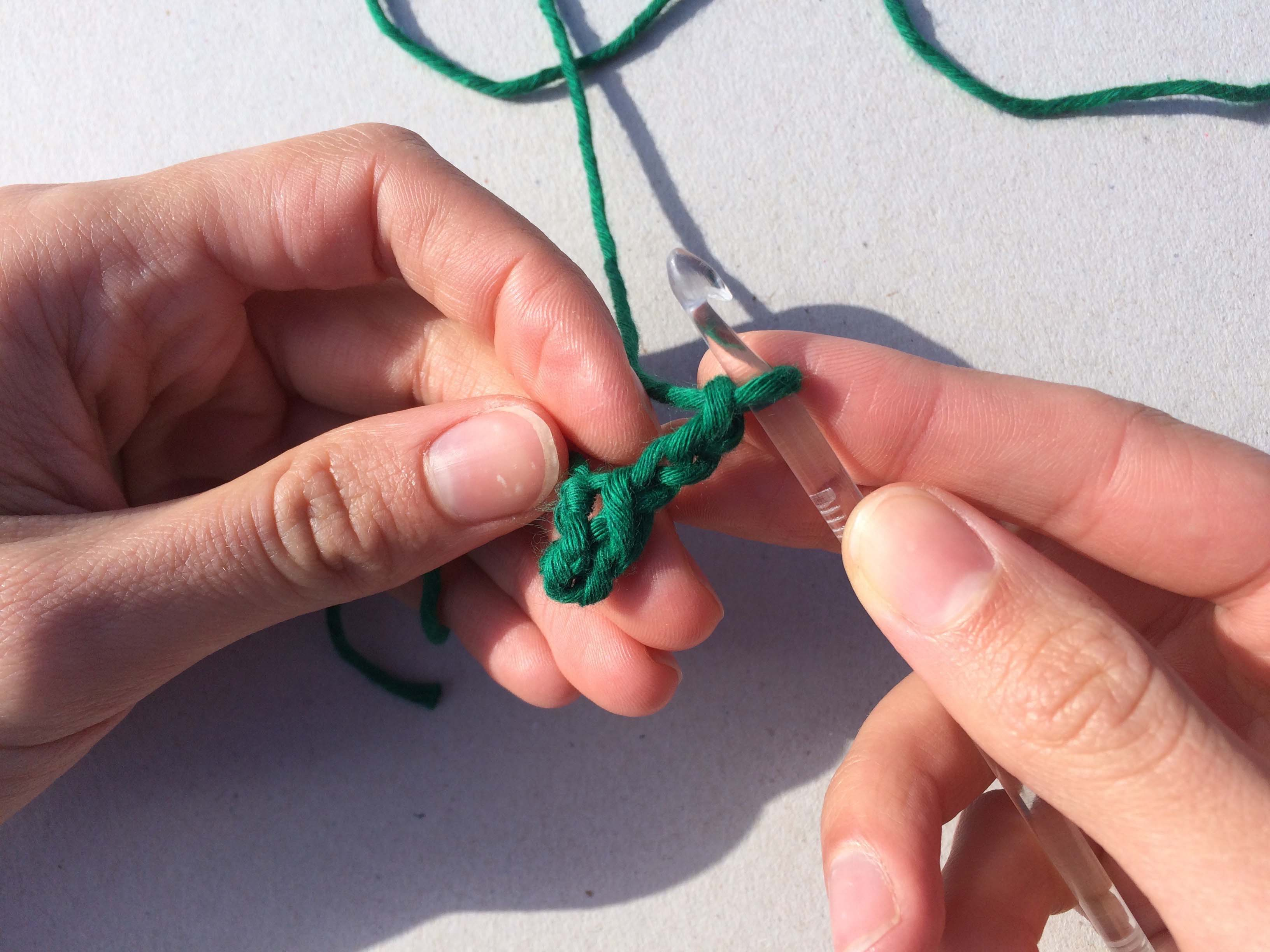 Learn how to crochet a shamrock